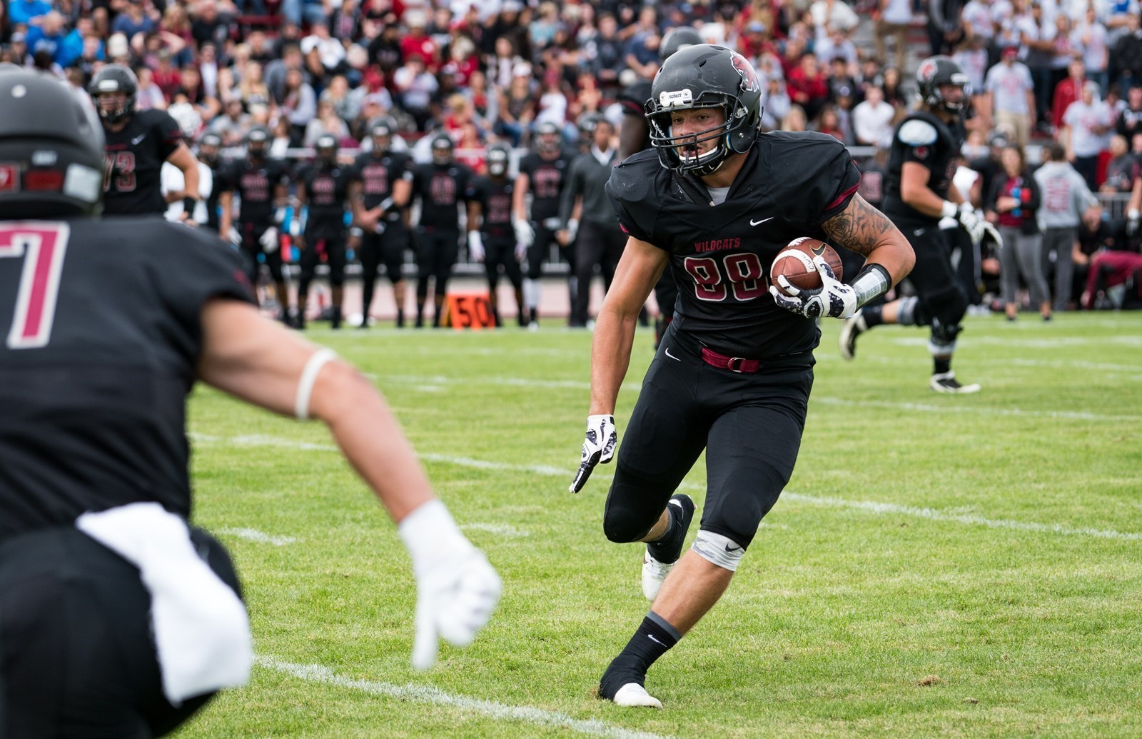 Football Travels To Arcata For Showdown With Hsu Central